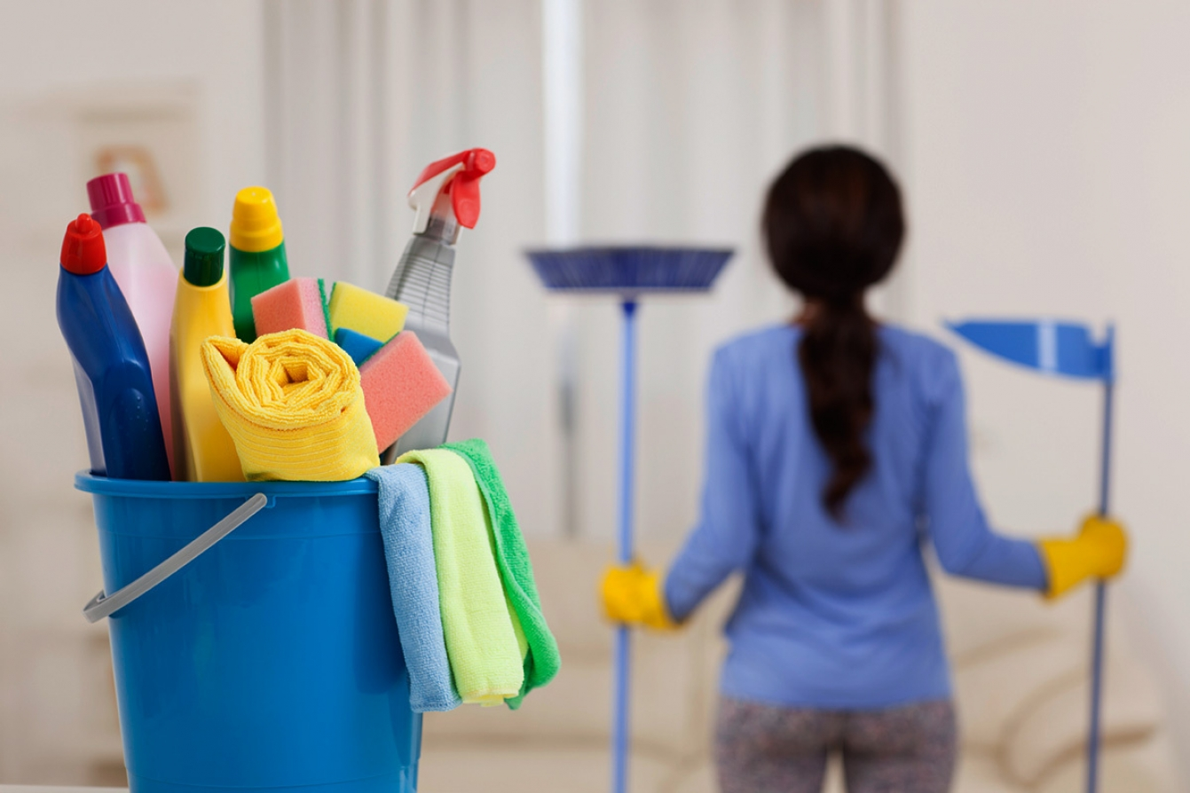 c-b-ac-f-d-f-b-a-e-f-House-Cleaning-288431681